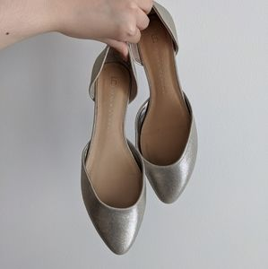 Shimmery gold d'orsay flats 7.5